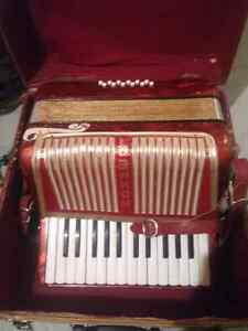 Hohner accordion for sale $300 obo