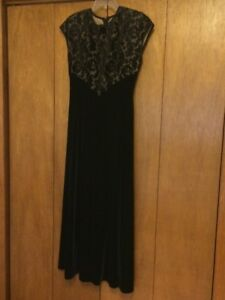 Cartise Evening Gown