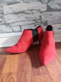 Ankle boots size 6