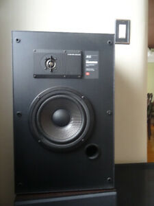 Home Entertainment system for sale