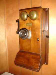 ANTIQUE  WOODEN  WALL TELEPHONE.