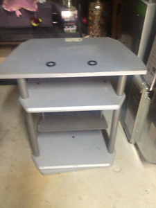 SONY TV STAND $5