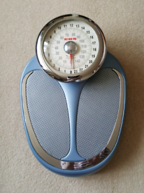 Bathroom Scales - Large EKS