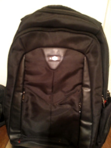 Brand new with tag -- targus laptop corporate backpack