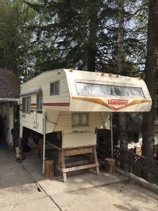 9 1/2 foot  Vanguard Camper