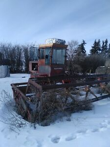 18ft Versitile 400 Swather with cab
