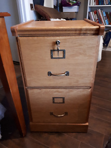 Oak look 2 drawer file cabinet