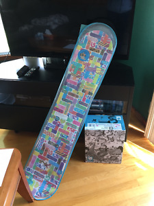 Girls Burton board and XS bindings- NEW never used. NEUF