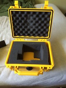Canon SX50 HS with protective travelling case London Ontario image 4
