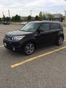 2016 Kia Soul luxury Hatchback