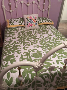 Comforter and pillow shams and accent Pillow