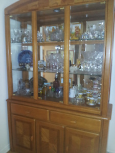 Buffet et Vaisselier / sideboard and display cabinet