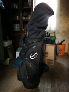 Complete set of clubs with bag