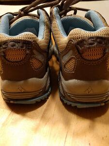 Vasque Women's Hiking Shoes size 6.5 Kitchener / Waterloo Kitchener Area image 3