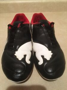 Men's Puma Outdoor Soccer Cleats Size 7 London Ontario image 5