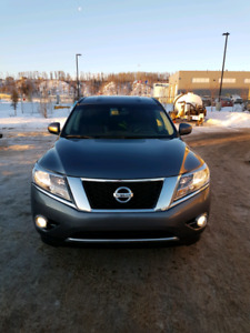 Save $5000!!! On a beautiful Nissan Pathfinder