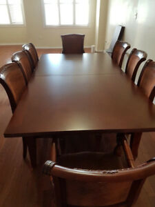 8 Chairs extendable Bellini Dining room