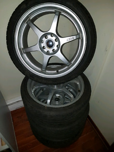 "mag 17 "" 4 bolt universelle  300$"