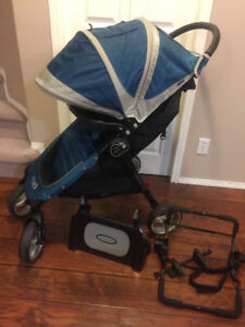 city mini 4 stroller with car seat adapter and tray