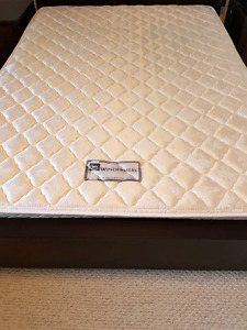 WOW: Queen Size Serta Windermere mattress - Pick-up anytime!