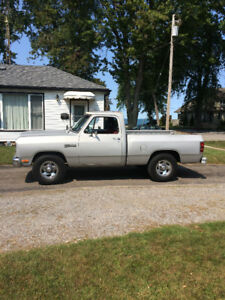 1990 Dodge Other Pickups D100 Pickup Truck