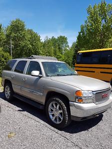2005 GMC Yukon SLT VUS