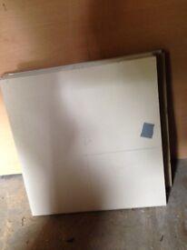16 mm chipboard shelfs.
