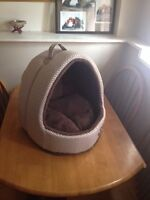 Small cat or dog bed