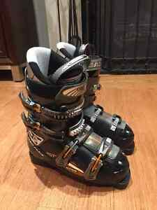 SKI BOOTS VARIOUS SIZES/ 2 SKIS AND BINDINGS/ 2 HELMETS
