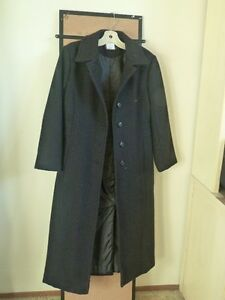 Like New Condition Size Small Black Color Ellabee Coat