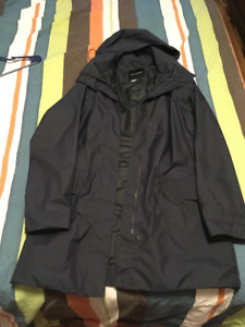 Women's Dark Navy Marmot Rain Jacket - Size small