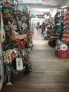 Canada's largest antique mall 600 booths to explore  Cambridge Kitchener Area image 3