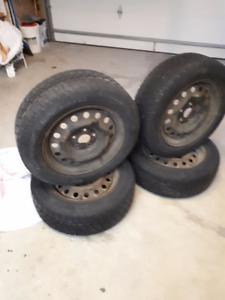 Winter Tires on steel rims - 215/60/R16
