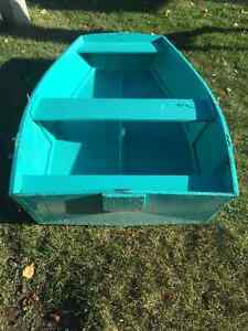 Little row boat for trade