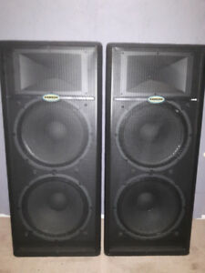 Samson Live L1215 Powered Speakers