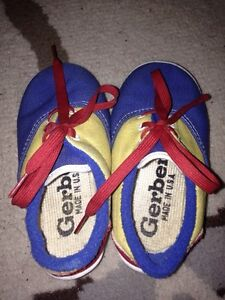 Gerber Baby Sport Shoes size 5 (Made in USA)