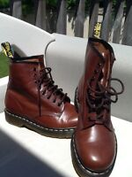 Dr Martin boots US 9