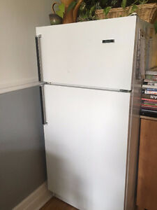 Selling Refrigerator, Oven/Stove, Washer and Dryer!