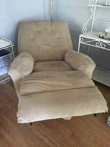 Electric reclining chair Windsor Region Ontario image 2