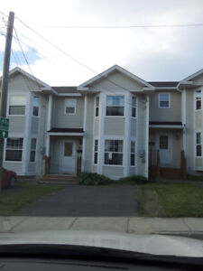500 metres from MUN 4 bedroom townhouse