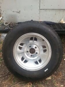 225 70r 15 4 michelin m/s tires on rims of my ford explorer