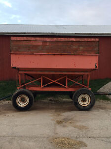 Gravity Wagon with Running Gear