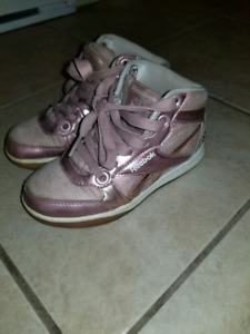 Girls sneakers size 11 youth