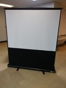 Projection Screen - Portable