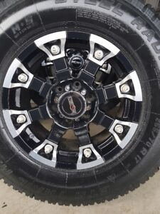 4 VISION RIMS WITH NEW TRAILMASTER WINTER TIRES LT265/70/17
