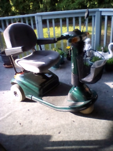 *******Three wheeled Celebrity scooter for sale!!*******