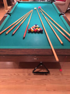Snooker Sized Pool Table! Great Condition