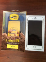 Selling iPhone 6 128GB + OtterBox Defender Case
