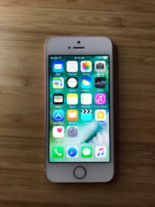 UNLOCKED Rose Gold 16GB iPhone SE (A Condition) + iOS10