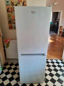 Beko CFG1552W Fridge Freezer